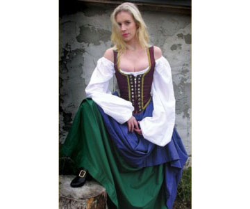 anacronistic renaissance bar wench