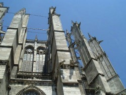 Steel rods on the outside of Beauvais Cathedral